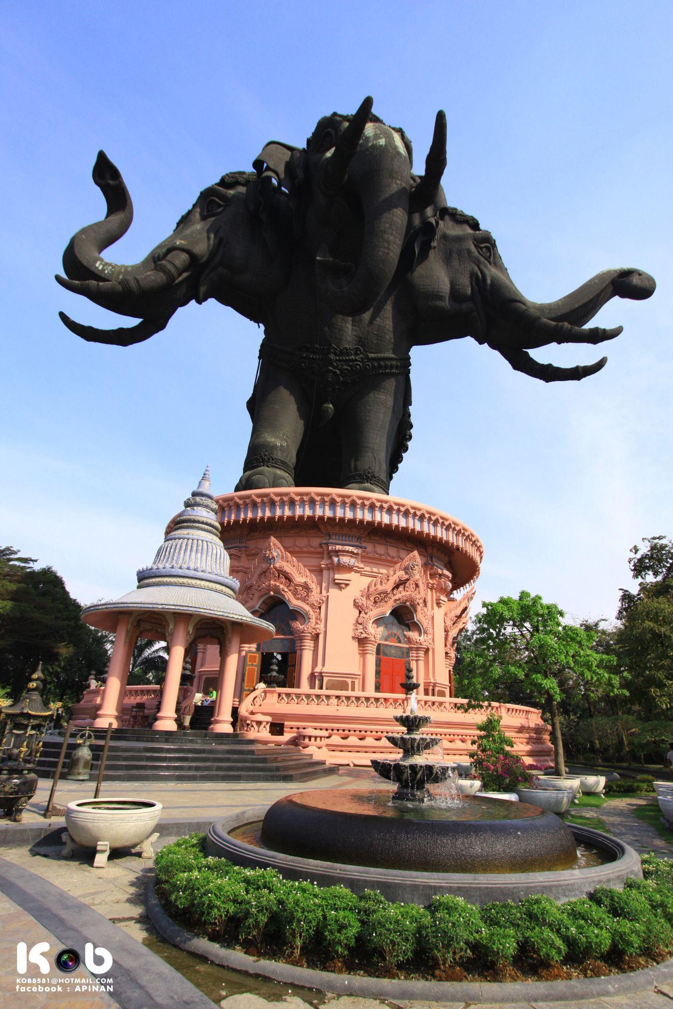 พิพิธภัณฑ์ช้างเอราวัณ (ช้างสามเศียร) จังหวัดสมุทปราการ