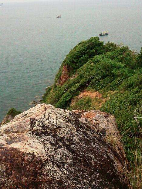 เกาะขาม