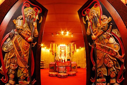 ไหว้เจ้า 9 ศาล เทศกาลกินเจสมุทรสาคร ประจำปี 2556