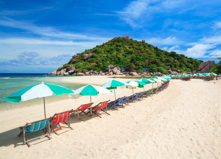 เที่ยวทะเล ชมทัศนียภาพเกาะส่วนตัวที่สวยที่สุดบนเกาะนางยวน จังหวัดสุราษฎร์ธานี