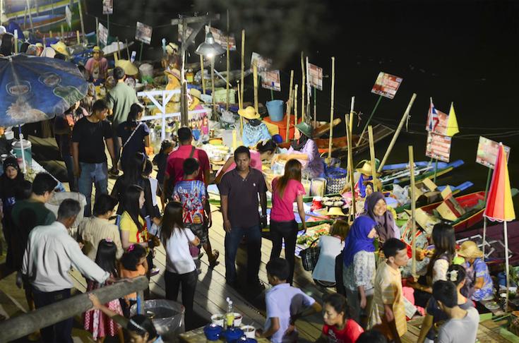 ตลาดน้ำคลองแห (Klong Hae Floating Market) อำเภอหาดใหญ่ จังหวัดสงขลา