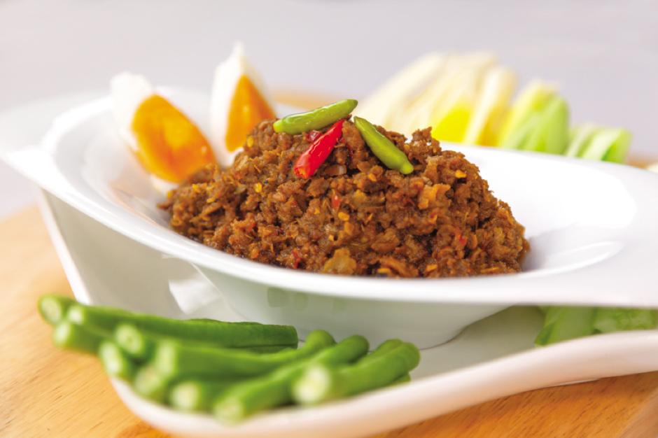 น้ำพริกมะขาม จิ้มกับผักสดนานาชนิด สำหรับคนรักสุขภาพ