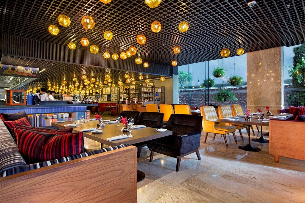 โรงแรมฮิลตัน สุขุมวิท กรุงเทพฯ และโรงแรมดับเบิ้ลทรี บาย ฮิลตัน สุขุมวิท กรุงเทพฯ ชวนคุณมาทานบุฟเฟต์ที่ห้องอาหารดีไลท์ระหว่างวันที่ 10-17 กุมภาพันธ์ 2560 ร่วมฉลองโรแมนติกโมเมนท์พร้อมกันกับแคมเปญสุดหวานรับวาเลนไทน์ 'Dee Lite Love Scene'