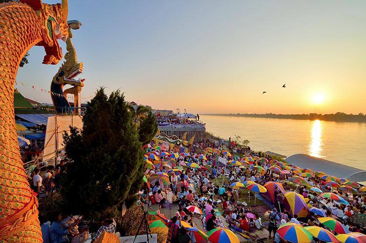 เทศกาลออกพรรษาบั้งไฟพญานาค ประจำปี 2560 จังหวัดหนองคาย