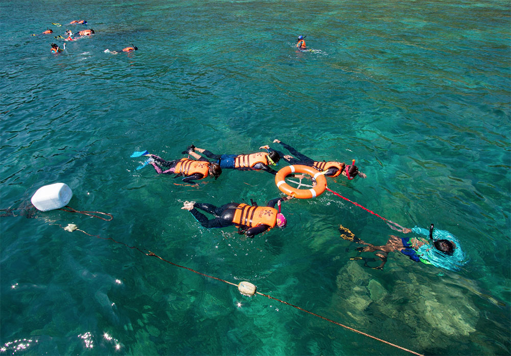 ทริป 3 วัน 2 คืน เที่ยวระนอง ทัวร์เกาะพม่า เกาะบรูเออร์ เกาะดอกไม้ เกาะย่านเชือก