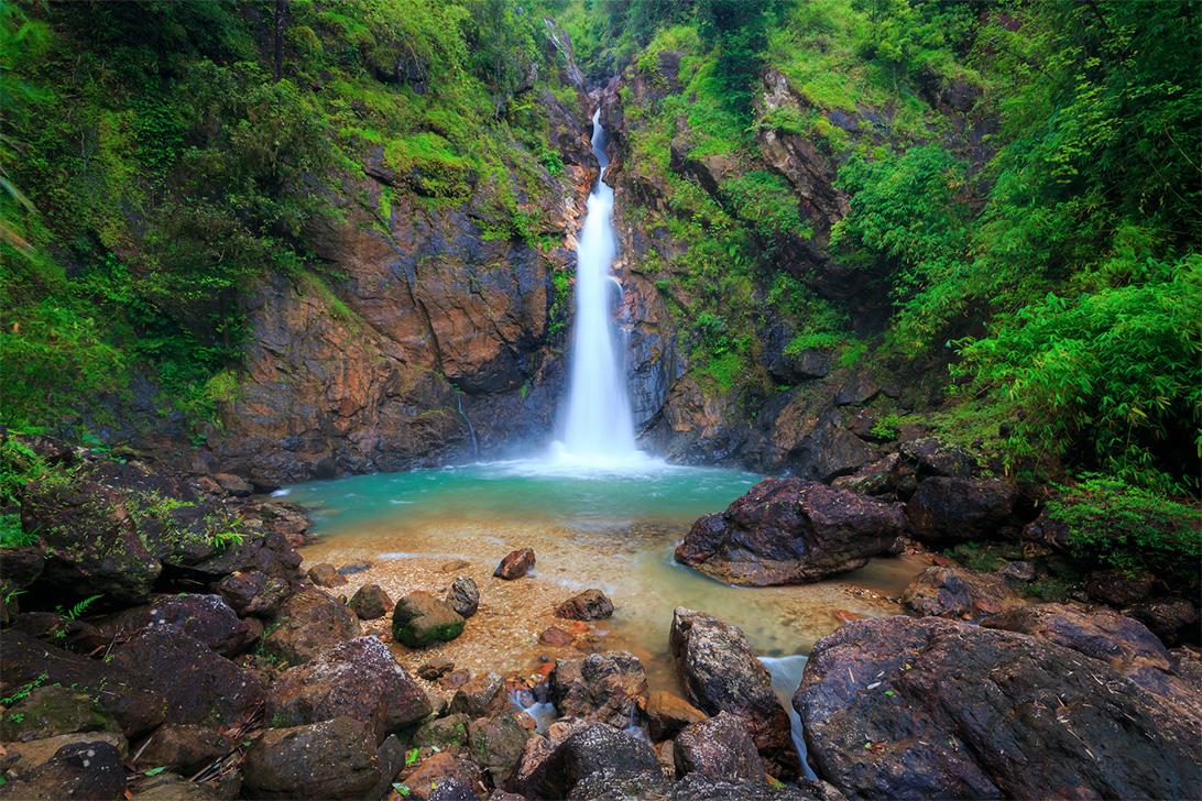 น้ำตกจ๊อกกระดิ่น (Jokkradin Waterfall) จังหวัดกาญจนบุรี