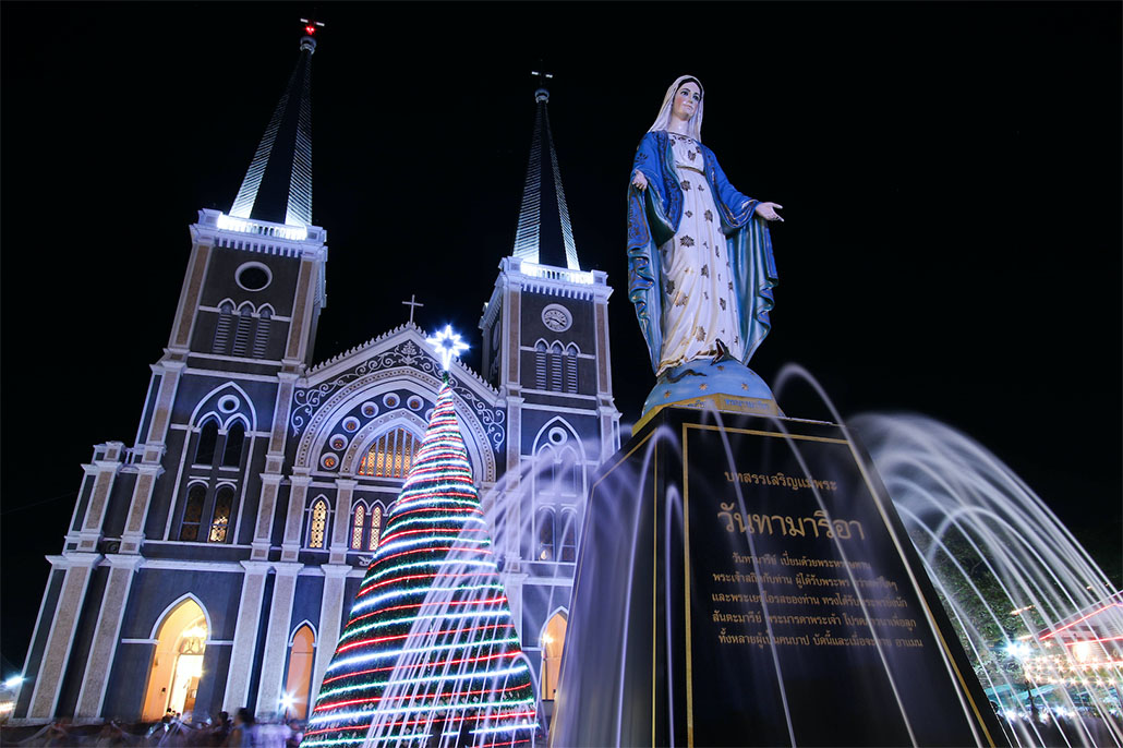 """เที่ยวเทศกาลคริสต์มาส """"Chanthaburi Miracle Christmas 2018 (Sweet Christmas)"""" 22-24 ธันวาคม 2561 ณ อาสนวิหารพระนางมารีอาปฏิสนธินิรมลจันทบุรี"""