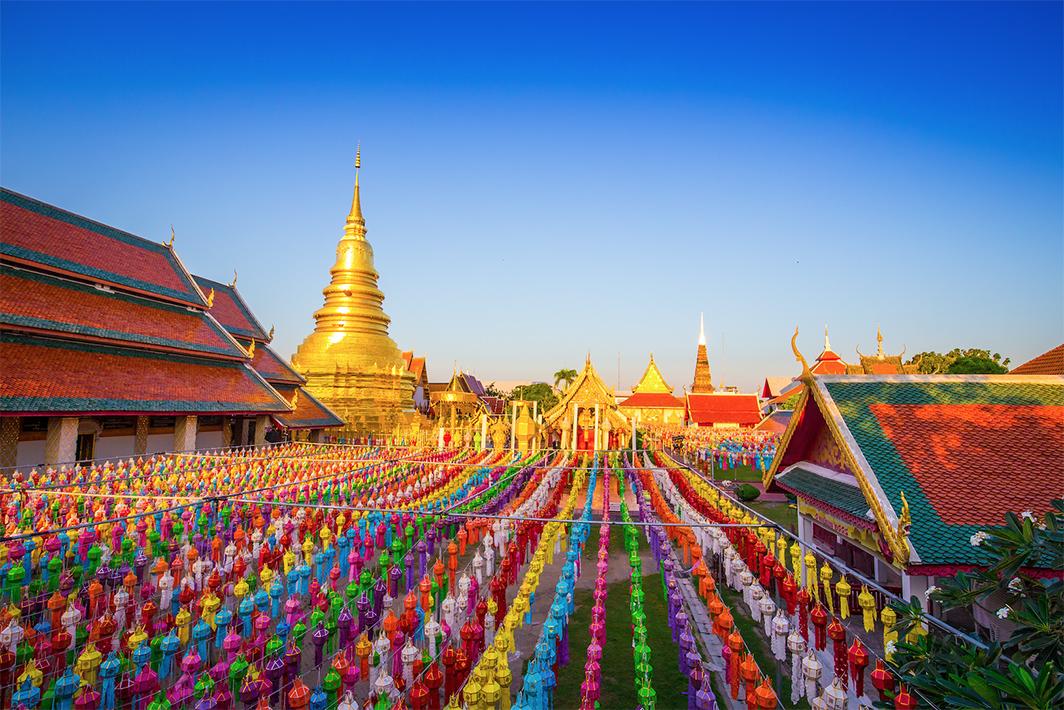 เทศกาลโคมแสนดวงที่เมืองลำพูน เนื่องในจารีตประเพณียี่เป็งเมืองลำพูน ประจำปี 2562